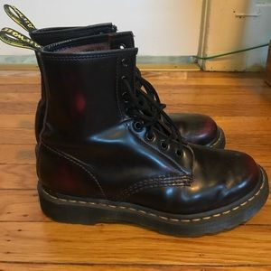 Dr Martens classic Cherry Red